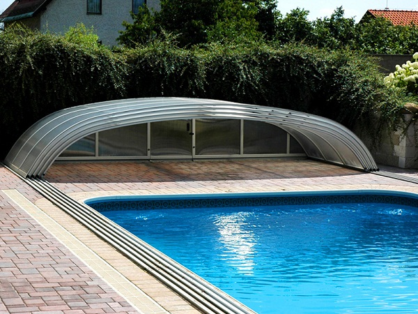 How To Maintain Your Concrete Swimming Pool During Summer
